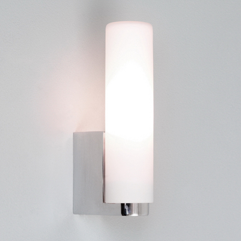 Astro Tulsa IP44 Bathroom Wall Light Polished Chrome