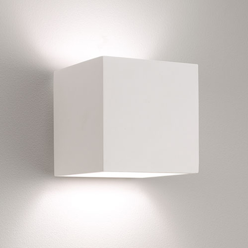 Switched Wall Light White : Astro Pienza 140 Switched IP20 Wall Light, White Finish - 7260 from Easy Lighting