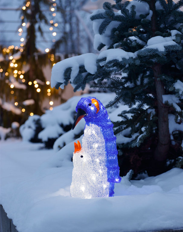 Konstsmide Acrylic Penguin Family With 40 White LED's, IP20 Rated - 6169-203 None