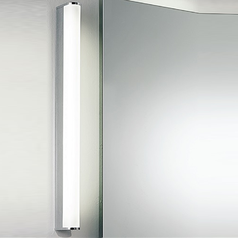 Franklite Low Energy Bathroom Single Wall Light, Glass & Chrome - WB598EL