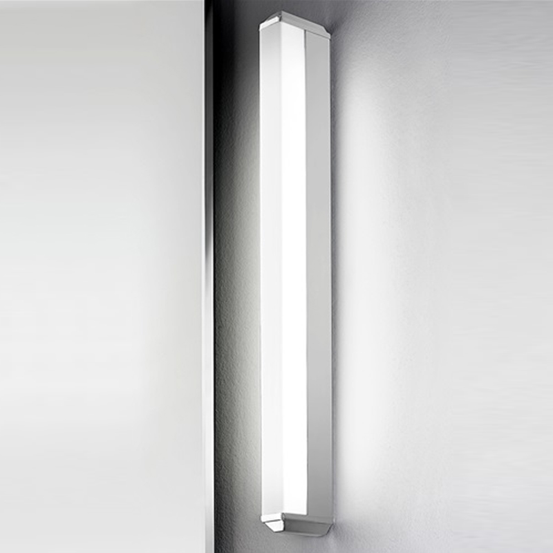 Franklite Low Energy Bathroom Single Wall Light, Glass & Chrome - WB983EL